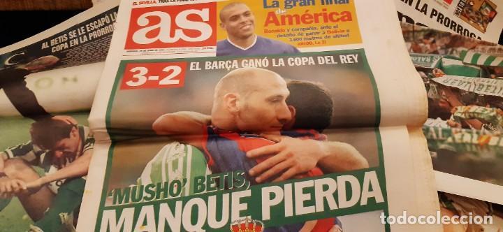 Coleccionismo deportivo: INCREÍBLE LOTE PERIÓDICO (RECORTES) FINAL COPA REY BARCELONA CAMPEÓN BETIS 29 JUNIO 1997. LEER - Foto 7 - 195055495