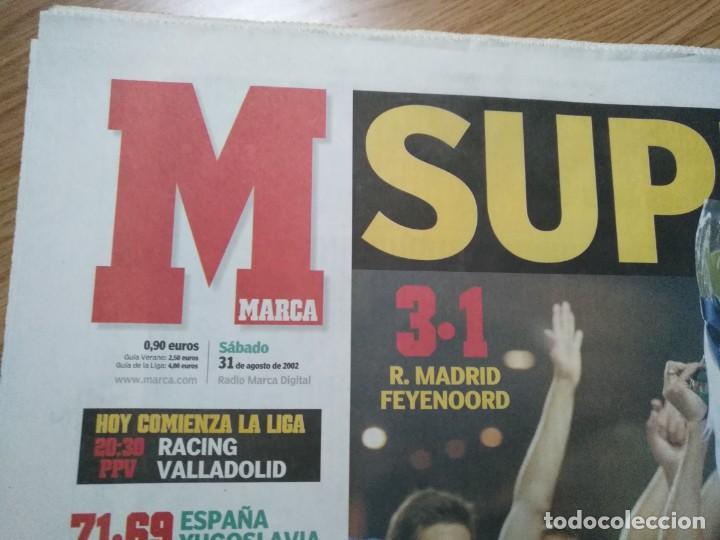 Coleccionismo deportivo: DIARIO MARCA 31 AGOSTO 2002: EL REAL MADRID GANA LA SUPERCOPA DE EUROPA ANTE EL FEYENOORD - Foto 4 - 195588180