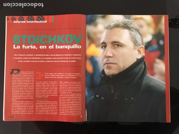 Coleccionismo deportivo: Fútbol don balón 1527 - Espanyol - Poster Athletic - Belletti - Stoichkov - Piqué - Elche - as marca - Foto 4 - 206350297