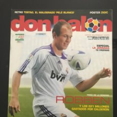 Coleccionismo deportivo: FÚTBOL DON BALÓN 1663 - POSTER ZIGIC - ROBBEN - LAUDRUP - ZARAGOZA - TOSTAO - ESPAÑA - ALMERIA. Lote 206547468