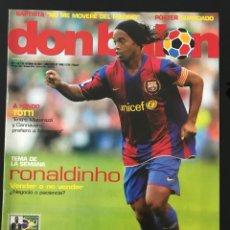 Coleccionismo deportivo: FÚTBOL DON BALÓN 1668 - POSTER GUARDADO - RONALDINHO - BARÇA - TOTTI - MALLORCA - MADRID - MALOUDA. Lote 206557266