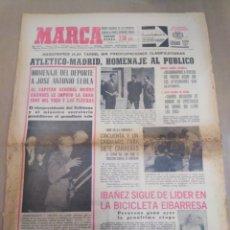 Coleccionismo deportivo: MARCA-16/4/67-INGLATERRA HUMILLADA EN WEMBLEY FRENTE A SU ETERNO RIVAL 2-3 LLEGÓ A LLEVAR 2 GOLES DE. Lote 207000335
