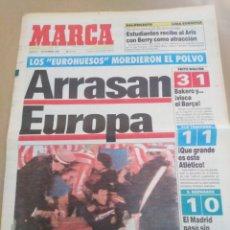 Coleccionismo deportivo: MARCA-7/11/91-ARRASAN EN EUROPA,OLD TRAFFORD ATLÉTICO EMPATÓ 1-1,KAISER 3,BARSA 1,MADRID 1,UTRECHT 0. Lote 207222591