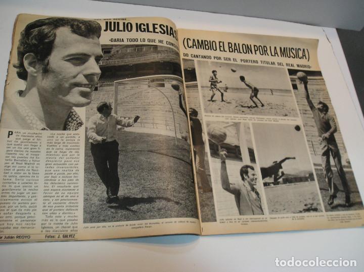 Coleccionismo deportivo: REVISTA AS COLOR Nº 6 1971. GRAN POSTER CF BARCELONA Nº 6 JULIO IGLESIAS DEJA EL FUTBOL - Foto 3 - 208110657