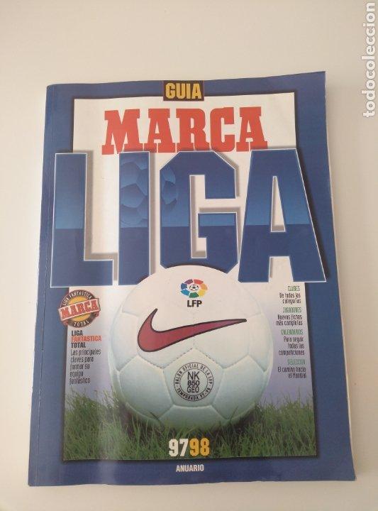 FÚTBOL GUÍA MARCA. ANUARIO 97/98 (Coleccionismo Deportivo - Revistas y Periódicos - Marca)