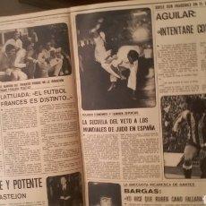 Coleccionismo deportivo: COLECCIÓN AS COLOR. NÚMEROS 301 AL 400. CON POSTERS INCLUIDOS.. Lote 217457518