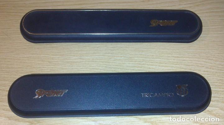 Coleccionismo deportivo: LOTE DE 2 ESTUCHES DE PINS DIARIO SPORT BARÇA - TRICAMPIO EPOCA DREAM TEAM 1992-93 MUY BUEN ESTADO - Foto 2 - 217647802
