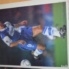 Coleccionismo deportivo: RECORTE DE DON BALON 2000-01.FOTO DE JAVI MORENO (ALAVES). Lote 222548445