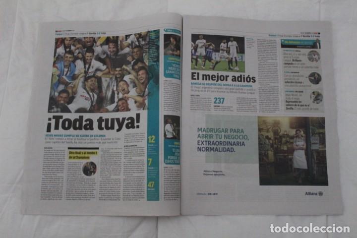 Coleccionismo deportivo: DIARIO MARCA 22/08/2020. SEVILLA F.C CAMPEÓN DE LA SEXTA EUROPA LEAGUE FÚTBOL. - Foto 3 - 222800615
