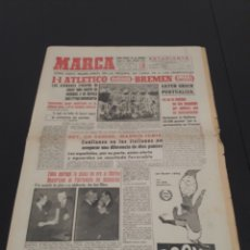 Coleccionismo deportivo: 18/01/1962. WINNERS CUP: AT MADRID WENDER BREMEN / WORLD CUP QUALIF: ENGLAND SWEDEN.. Lote 226560430