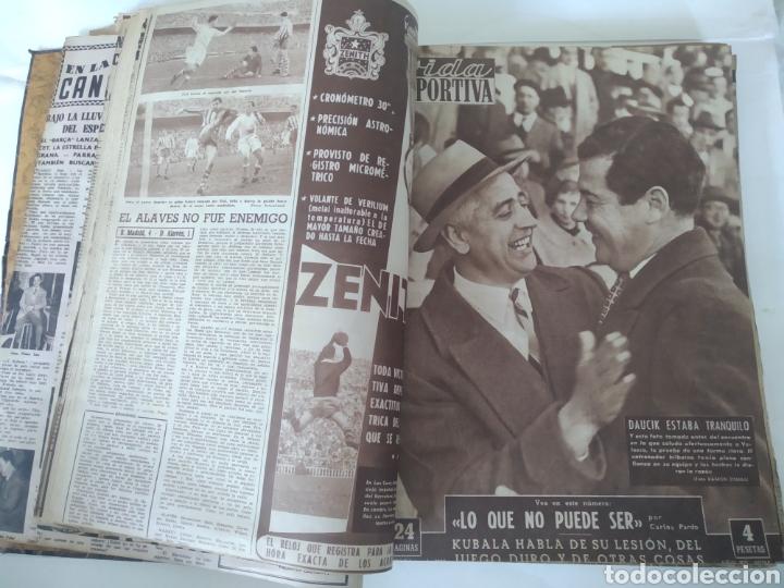 Coleccionismo deportivo: Libro con 29 periódicos de la Vida deportiva. Años 1954 -1955. - Foto 3 - 228670710