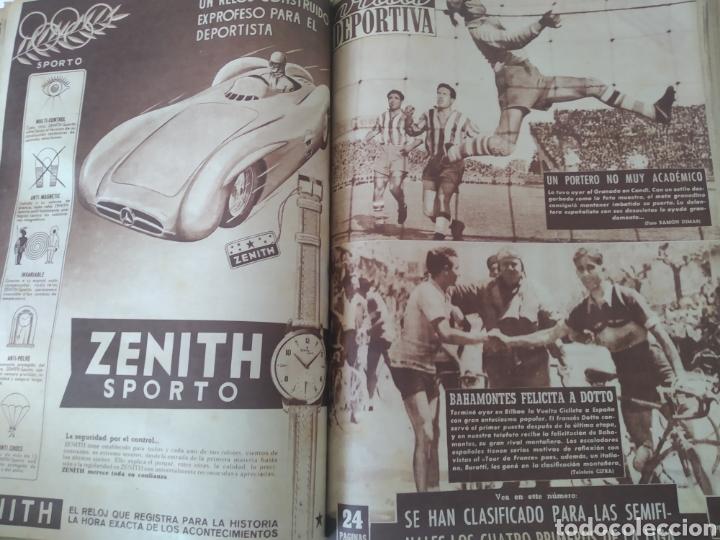 Coleccionismo deportivo: Libro con 29 periódicos de la Vida deportiva. Años 1954 -1955. - Foto 8 - 228670710