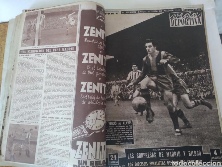 Coleccionismo deportivo: Libro con 29 periódicos de la Vida deportiva. Años 1954 -1955. - Foto 13 - 228670710