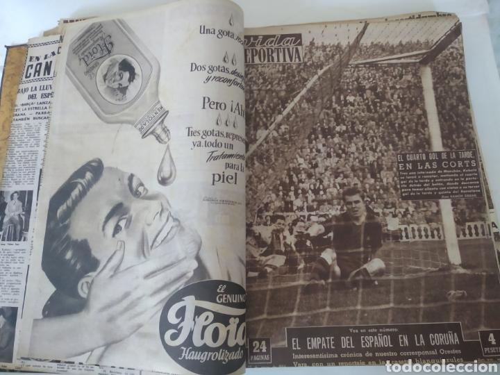 Coleccionismo deportivo: Libro con 29 periódicos de la Vida deportiva. Años 1954 -1955. - Foto 14 - 228670710