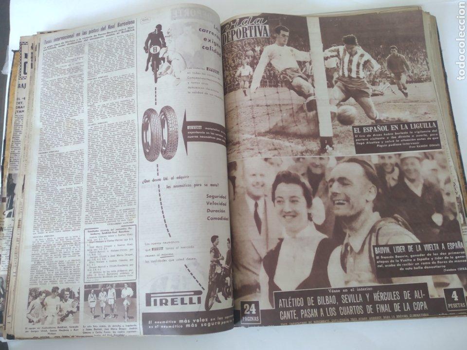 Coleccionismo deportivo: Libro con 29 periódicos de la Vida deportiva. Años 1954 -1955. - Foto 18 - 228670710