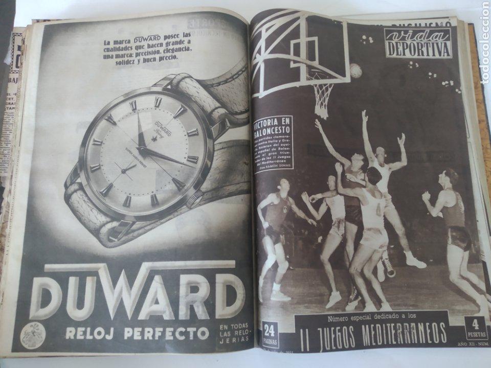 Coleccionismo deportivo: Libro con 29 periódicos de la Vida deportiva. Años 1954 -1955. - Foto 32 - 228670710