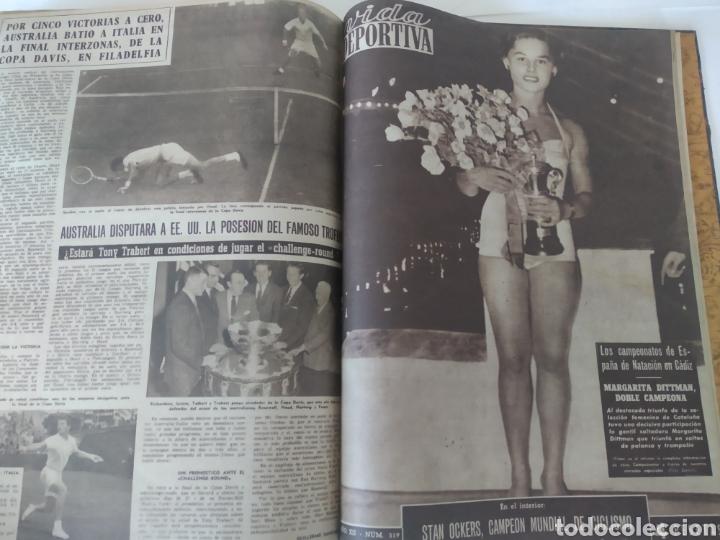 Coleccionismo deportivo: Libro con 29 periódicos de la Vida deportiva. Años 1954 -1955. - Foto 34 - 228670710