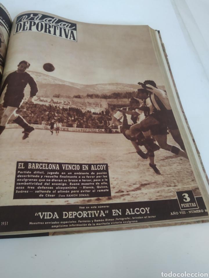 Coleccionismo deportivo: Libro con 29 periódicos de la Vida deportiva. Años 1949-1950 - Foto 3 - 229537530