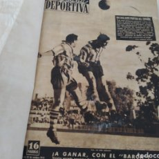 Coleccionismo deportivo: LIBRO CON 29 PERIÓDICOS DE LA VIDA DEPORTIVA. AÑOS 1949-1950. Lote 229537530