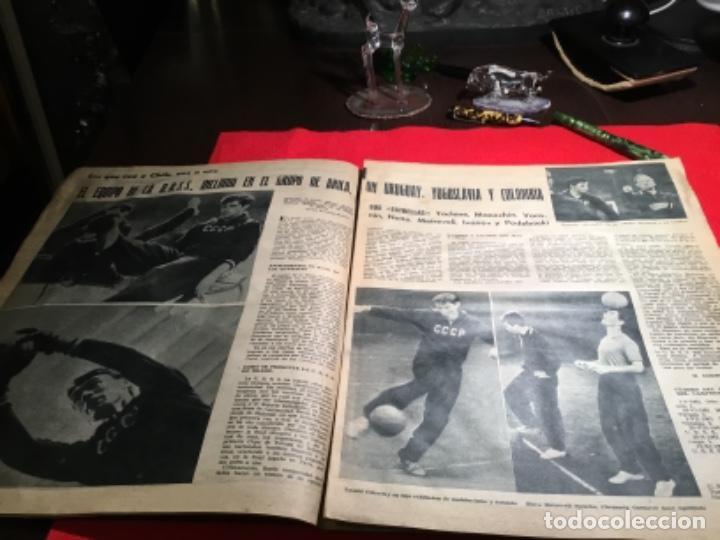 Coleccionismo deportivo: Antiguo periódico marca 1003 puskas,Di Stefano y Gento - Foto 4 - 230152475