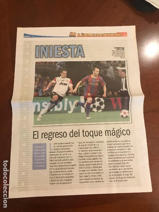SUPLEMENTO SPORT - INIESTA - ALBUM DE TRICAMPEONES + POSTER DEL FC BARCELONA 10-11 (Coleccionismo Deportivo - Revistas y Periódicos - Sport)