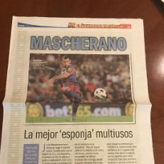 Coleccionismo deportivo: SUPLEMENTO SPORT - MASCHERANO - ALBUM DE TRICAMPEONES + POSTER DEL FC BARCELONA 10-11. Lote 231806425