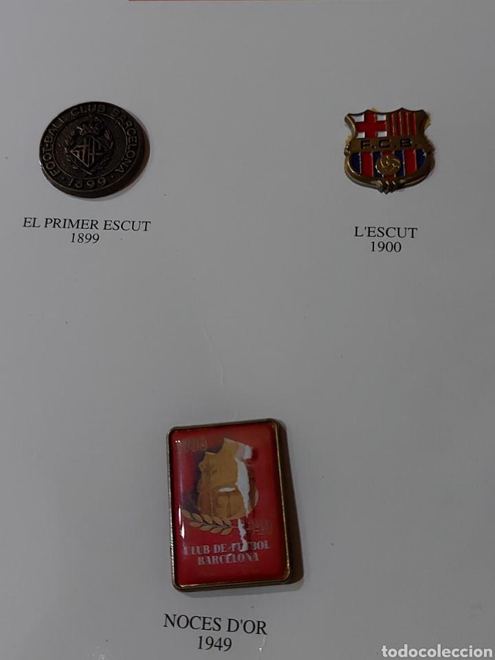 Coleccionismo deportivo: Diari Sport Pins Històrics del Barça 9 Láminas + pin Balón oro Stoichkov 1994 - Foto 4 - 232990775