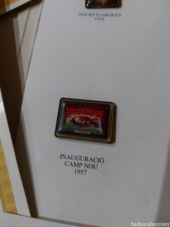 Coleccionismo deportivo: Diari Sport Pins Històrics del Barça 9 Láminas + pin Balón oro Stoichkov 1994 - Foto 6 - 232990775