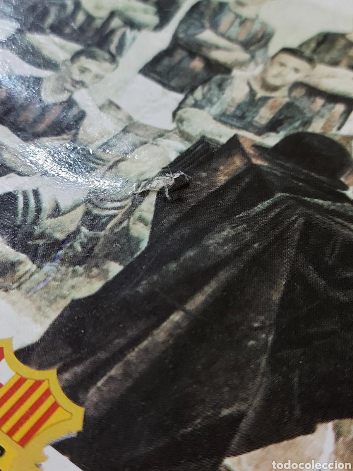 Coleccionismo deportivo: Diari Sport Pins Històrics del Barça 9 Láminas + pin Balón oro Stoichkov 1994 - Foto 10 - 232990775