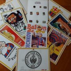 Coleccionismo deportivo: DIARI SPORT PINS HISTÒRICS DEL BARÇA 9 LÁMINAS + PIN BALÓN ORO STOICHKOV 1994. Lote 232990775