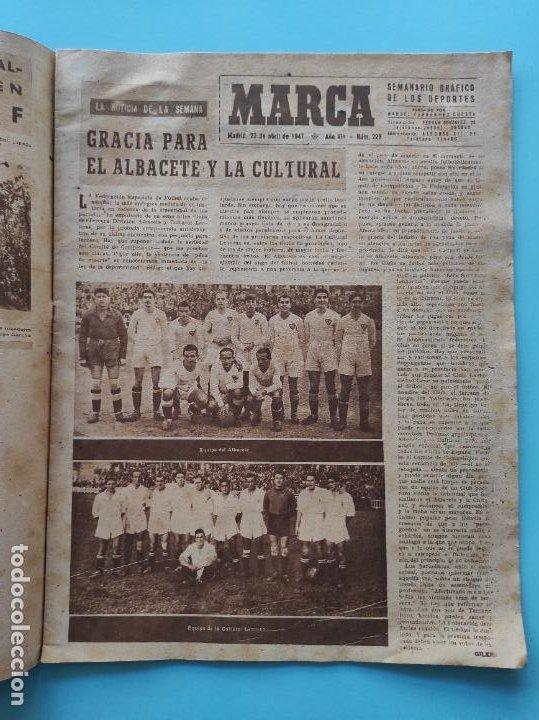 Coleccionismo deportivo: PERIODICO MARCA 1947 ALBACETE CULTURAL LEONESA - VALENCIA-ALCOYANO - Foto 2 - 235054040