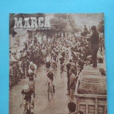 Coleccionismo deportivo: PERIODICO MARCA 1947 VUELTA CICLISTA A ESPAÑA 47 - COPA MADRID 6-0 BETIS - ESPAÑOL - MALAGA. Lote 235622260