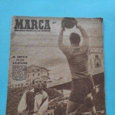 Coleccionismo deportivo: PERIODICO MARCA 1947 JORNADA 5 LIGA 47/48 SPORTING ALCOYANO - SEVILLA - UD LEVANTE 8-0 MALLORCA. Lote 235662715
