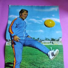 Coleccionismo deportivo: REVISTA AS COLOR Nº 38 1972 POSTER KUBALA SELECCION ESPAÑOLA. Lote 236528055