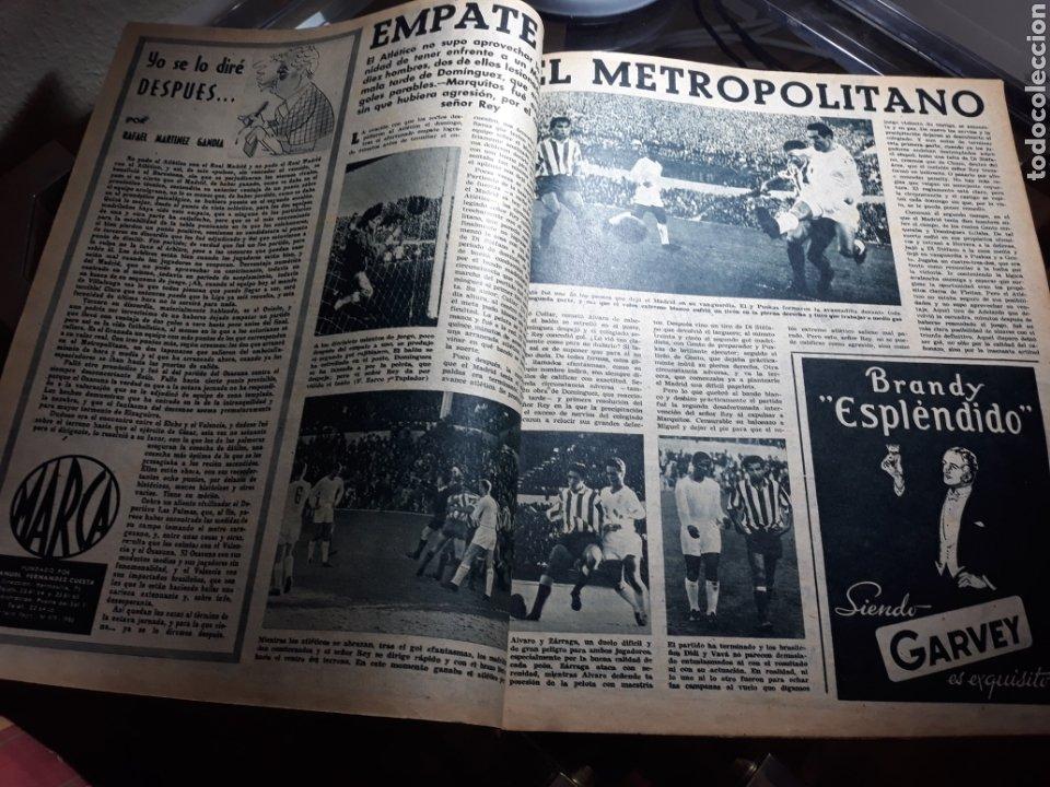 Coleccionismo deportivo: REVISTA MARCA 1959 .R.MADRID 3 AT.MADRID 3. BARCELONA MILAN .VENCIO EL RAYO AL PLUS ULTRA - Foto 2 - 238496490
