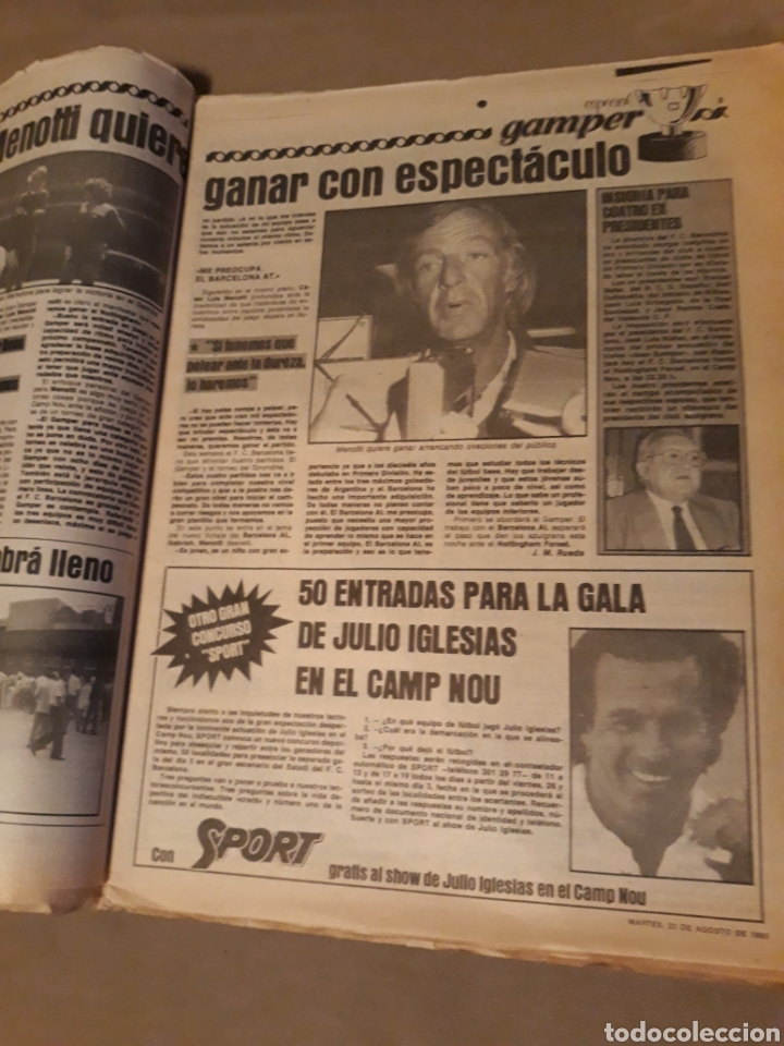Coleccionismo deportivo: SPORT 23 AGOSTO 1983 . DIARIO DEL GAMPER - ESTRENO BARCA 84 - JULIO IGLESIAS AMIGO DE MARADONA. - Foto 3 - 240255555
