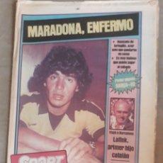 Collectionnisme sportif: SPORT 6 AGOSTO 1982 MARADONA , ENFERMO. - POSTER BARCA 83 .. Lote 241172045