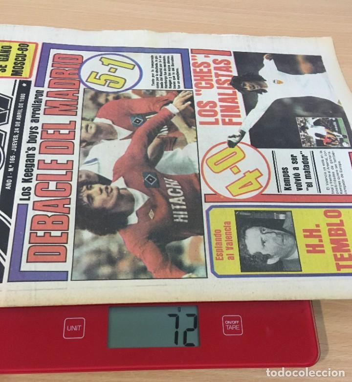Coleccionismo deportivo: DIARIO DEPORTIVO SPORT Nº 165 - 24 ABRIL 1980 - HAMBURGO DE KEAGAN 5 A 1 AL REAL MADRID - VALENCIA - Foto 5 - 242224140