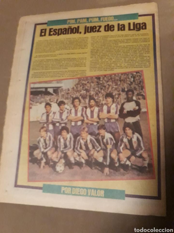 Coleccionismo deportivo: SPORT 21 ABRIL 1984 . DERBY BARCA - ESPAÑOL . ARBITRO PES PEREZ . VICTOR Y ZUÑIGA SUPER - DERBY - Foto 2 - 244628820