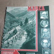 Coleccionismo deportivo: MARCA 1951 - SUECIA 0 ESPAÑA 0 EN ESTOCOLMO . REAL MADRID CAMPEON NACIONAL DE BALONCESTO.. Lote 245008890