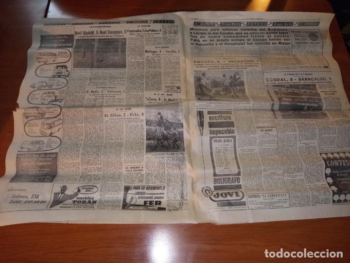 Coleccionismo deportivo: EL MUNDO DEPORTIVO DEL 14 DE FEBRERO 1966 EL MADRID BATIO AL ZARAGOZA Y MANTIENE LAS DISTANCIAS - Foto 3 - 246003005