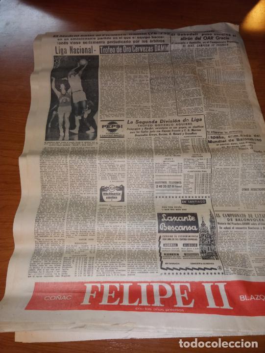 Coleccionismo deportivo: EL MUNDO DEPORTIVO DEL 14 DE FEBRERO 1966 EL MADRID BATIO AL ZARAGOZA Y MANTIENE LAS DISTANCIAS - Foto 9 - 246003005