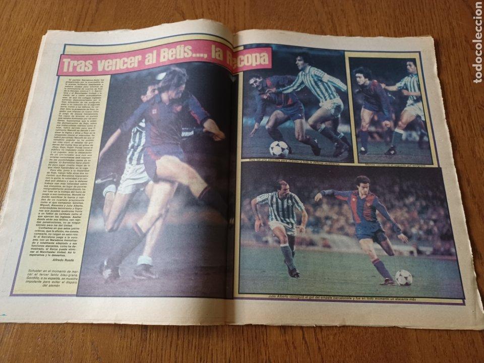 Coleccionismo deportivo: SPORT 5 MARZO 1984. AT.MADRID 1 R.MADRID 0. ATHLETIC 1 ESPAÑOL 1 . SE CALIENTA LA LIGA - Foto 11 - 252454305