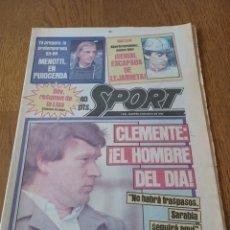Coleccionismo deportivo: SPORT 3 MAYO 1983.CLEMENTE ¡EL HOMBRE DEL DIA!. MENOTTI ,YA PREPARA LA PRETEMPORADA.EXTRA LIGA 25 PG. Lote 253125210