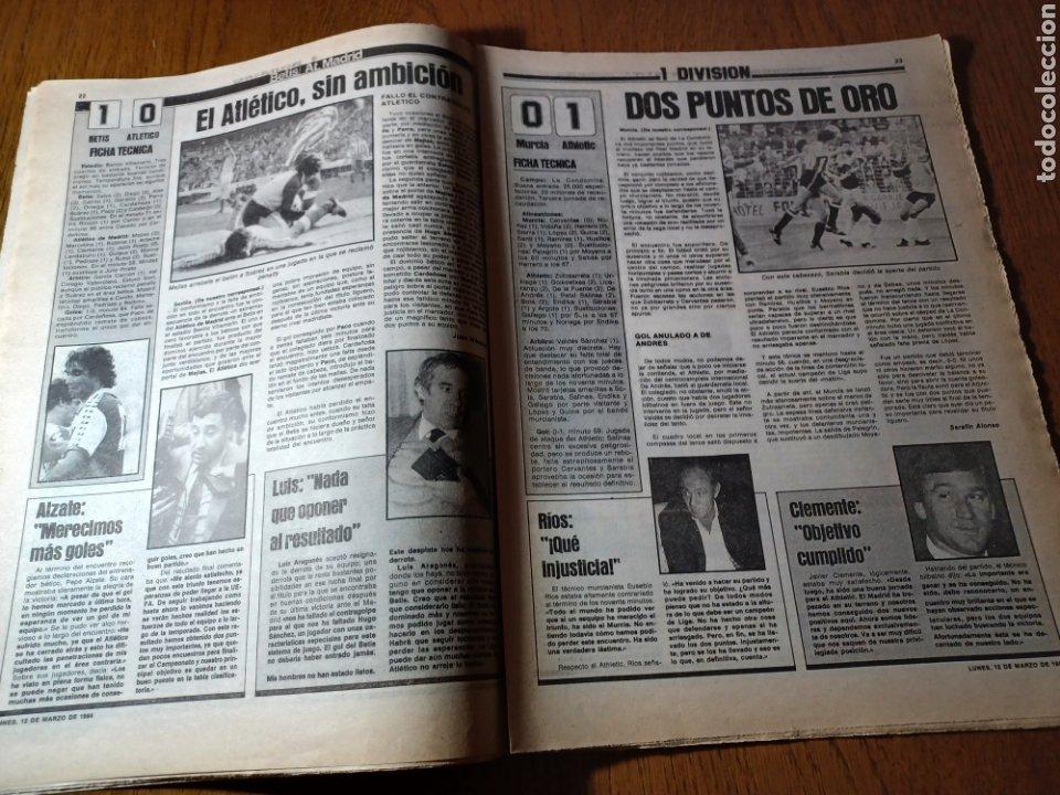 Coleccionismo deportivo: SPORT 12 MARZO 1984 MÁLAGA 0 BARCA1 . ¡ SCHUSTERAZO Y OLE , EN MÁLAGA!- EL MADRID PERDIÓ LA CABEZA. - Foto 10 - 253144575
