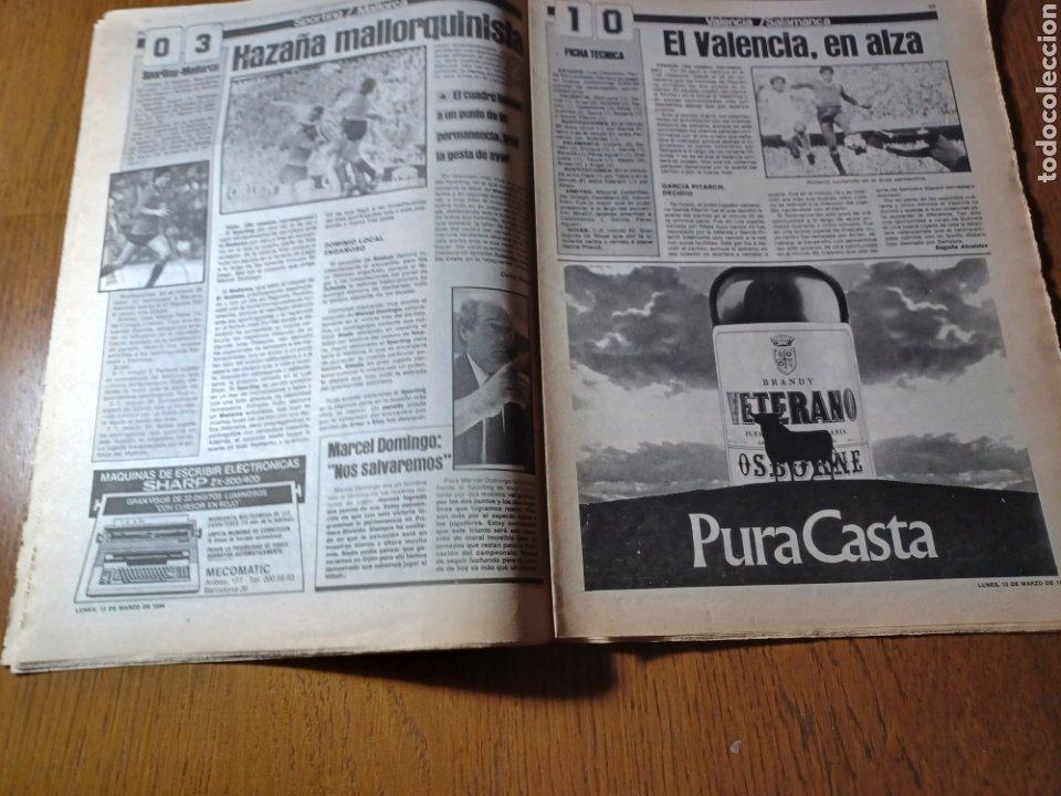 Coleccionismo deportivo: SPORT 12 MARZO 1984 MÁLAGA 0 BARCA1 . ¡ SCHUSTERAZO Y OLE , EN MÁLAGA!- EL MADRID PERDIÓ LA CABEZA. - Foto 11 - 253144575