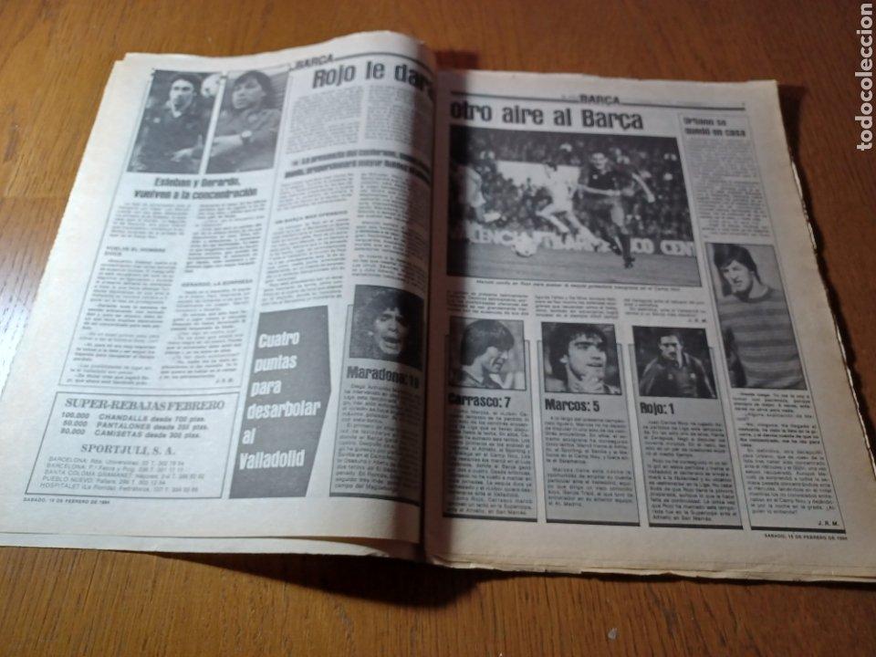 Coleccionismo deportivo: SPORT 17 FEBRERO 1984.¡ATAQUE GOLEADOR!. BARCA- VALLADOLID - Foto 3 - 253170680