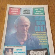 Coleccionismo deportivo: SPORT 17 AGOSTO 1982. MARADONA JUGARÁ EN PALMA - SCHUSTER TITULAR EN SEPTIEMBRE- CIUDAT DE PALMA. Lote 253254950