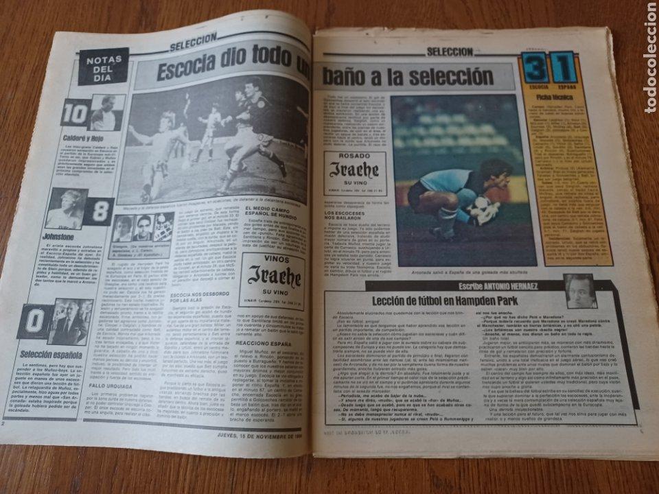 Coleccionismo deportivo: SPORT 15 NOVIEMBRE 1984. ESCOCIA 3 ESPAÑA 1 ¡ QUÉ BAÑO! .ARKONADA Y VÍCTOR, LOS MEJORES. URQUIAGA. - Foto 2 - 253825260