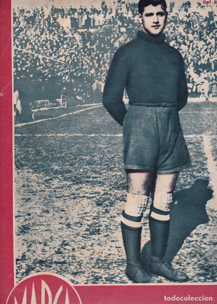 MARCA 1945 BUSTOS DEL SEVILLA GIJÓN Y OVIEDO EMPATAN EN EL MOLINÓN 2-1 CASTELLÓN VENCE AL SANTANDER (Coleccionismo Deportivo - Revistas y Periódicos - Marca)